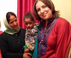 Махешвари Ачарья, ее дочь Кхуши и Анастасия Крылова