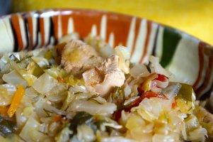 Varză nouă cu carne de pui & Rheinriesling Lacerta