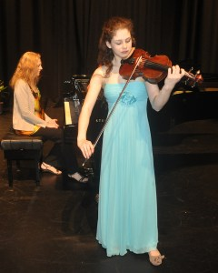 Lily Higson-Spence (Violin-Brisbane) 3rd place Open Final