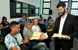 """A cartilha """"Informações sobre o Abuso Sexual na Primeira Infância"""" está disponível para professores da rede pública de ensino. Foto: Valter Andrade / SDSCJ."""