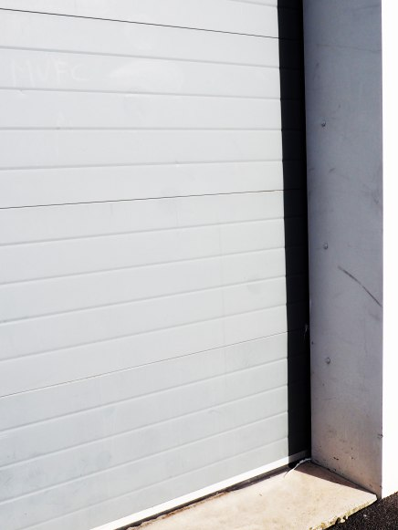 minimal-grey-concrete-photography