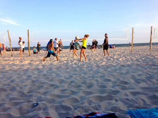 Volleyball Mondays, Long Beach