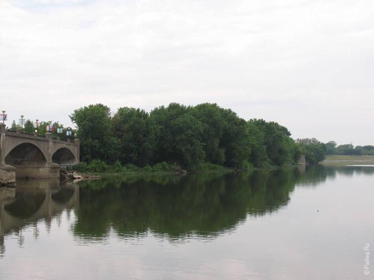 Индианаполис каменный мост через реку