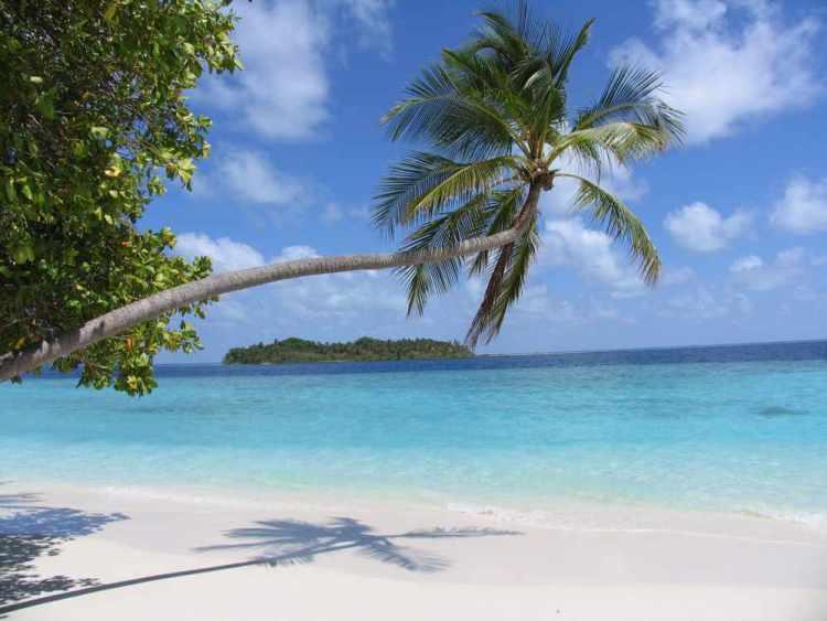 остров-резорт на Мальдивах