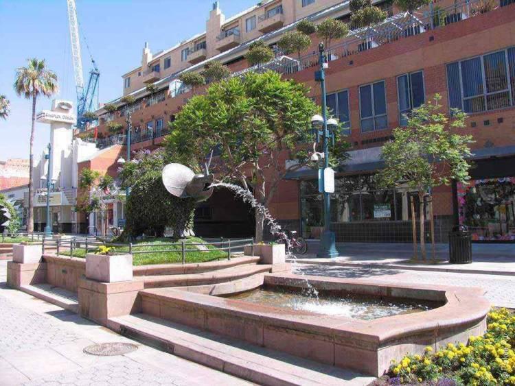 Санта-Моника фонтан