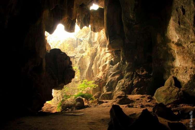 Пещера Там Пи Ман Соппонг Таиланд