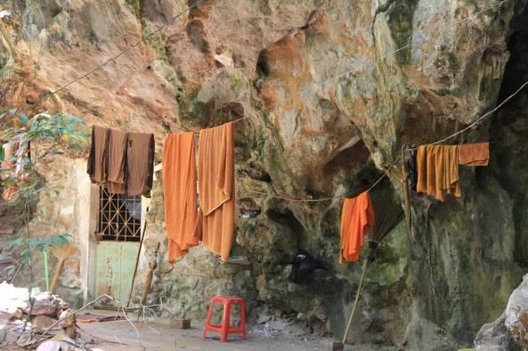 Монастырь и центр випассаны Там Суа Као Кео, Краби, Таиланд 14