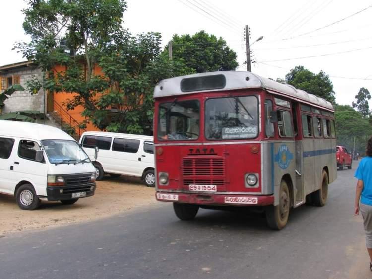 автобус в Элла, Шри-Ланка