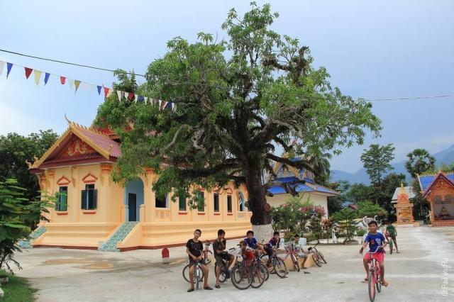 Лаос (Laos). Интересные фото в дороге
