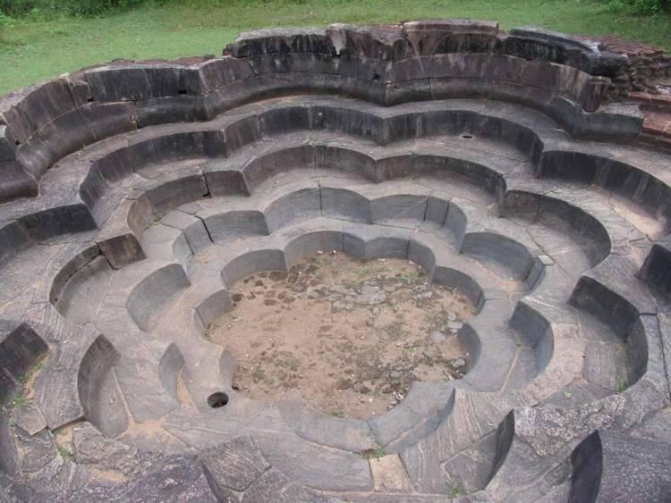 Полоннарува, Шри-Ланка (Polonnaruwa, Sri-Lanka)
