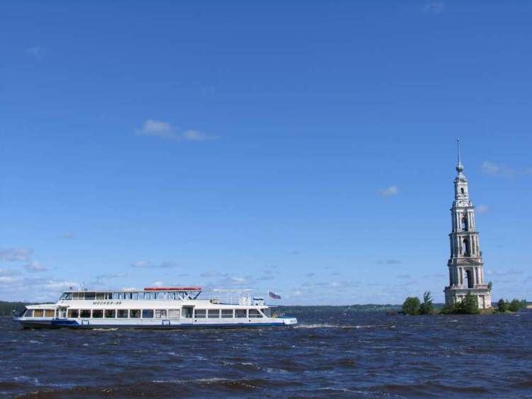 Затопленная колокольня, Калаязин, фото