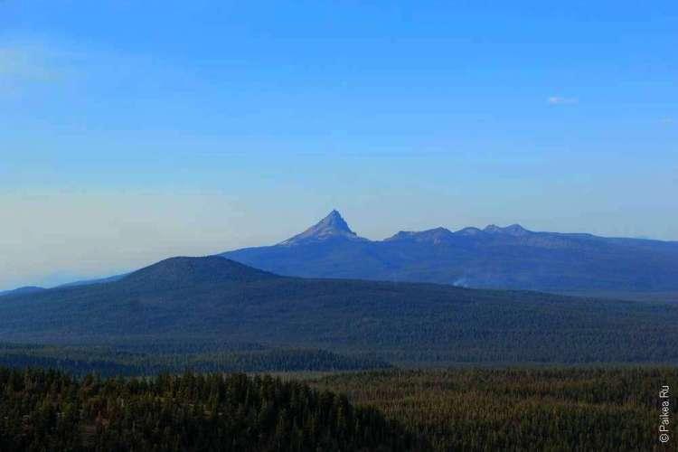 Холмы и вулкан