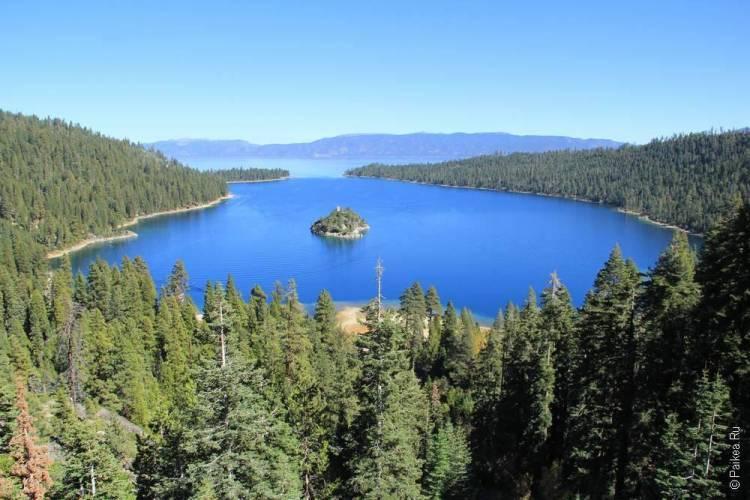 изумрудная бухта на озере тахо