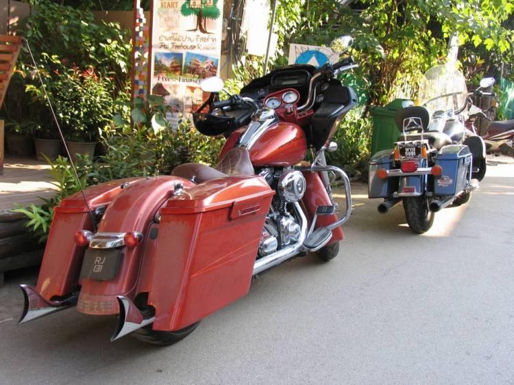 Большой туристический мотоцикл не так то просто водить