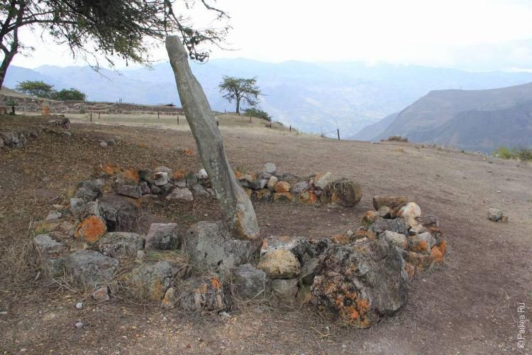 каменный менгир