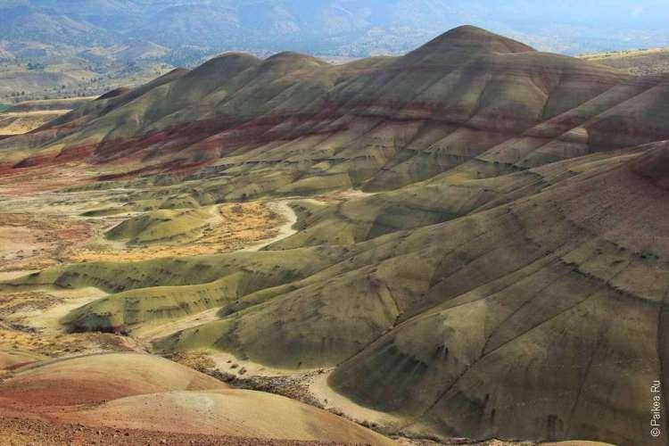 Песочного цвета холм в Джон Дей фоссил бедс