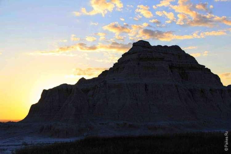 Рассветное небо в штате Южная Дакота