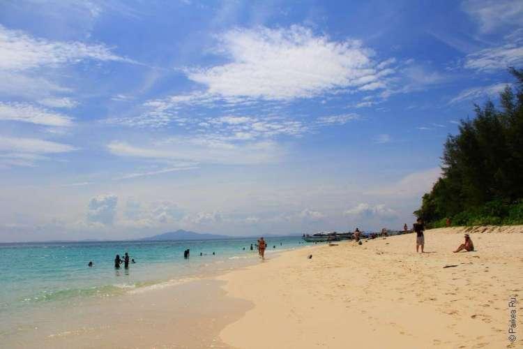 Пляжи на островах Пхи-Пхи