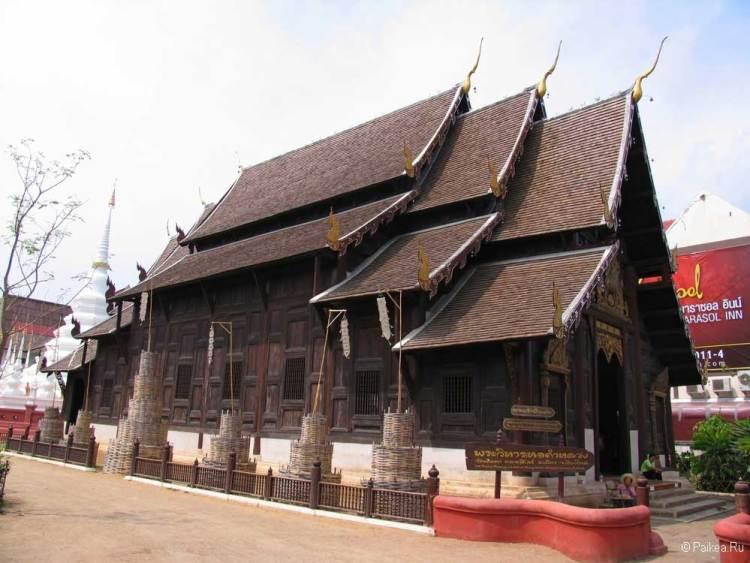 чианг май храм пун тао