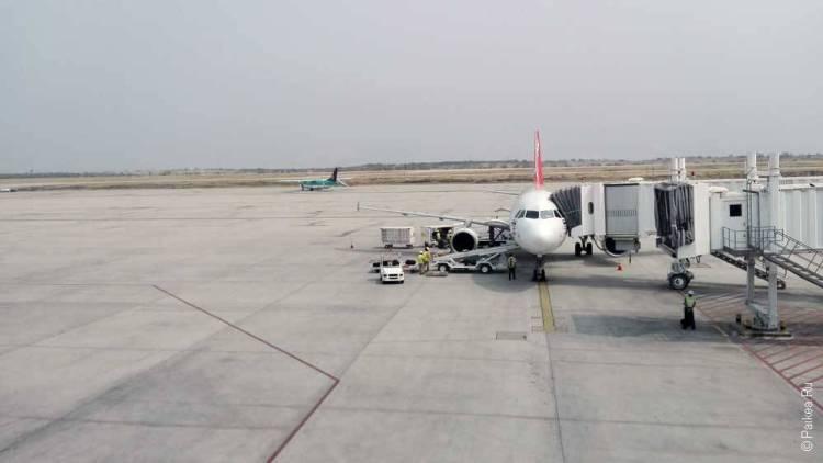 мьянма самолет