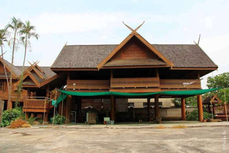 Тиковый дом в Северном Таиланде