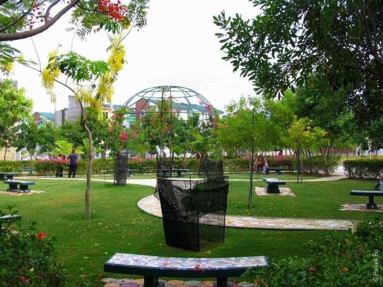 Парк на острове Хулхумале