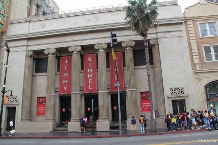 Поездка в Лос-Анджелес самостоятельно шоу Джимми Киммела