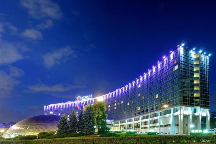 где остановиться в москве / гостиница азимут 2