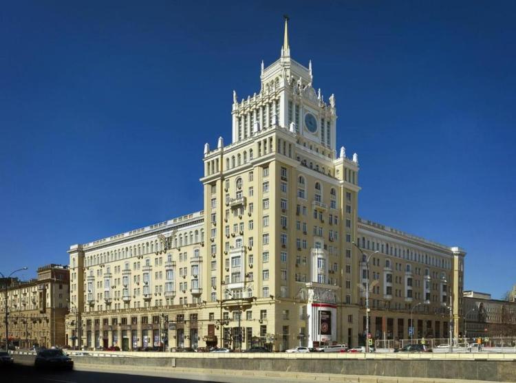 отели москвы в центре гостиница пекин