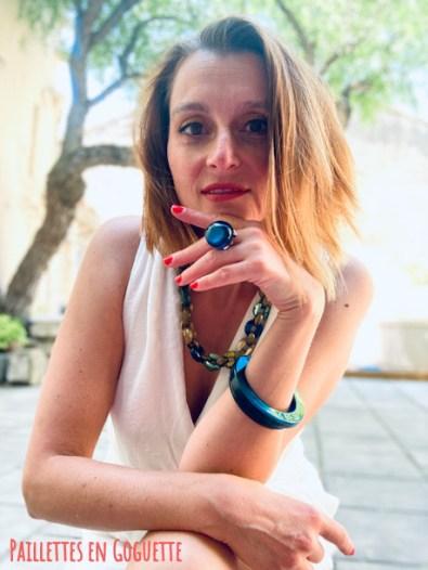 bijoux en résine artinale