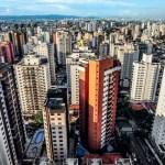 O segredo de cidades que melhoram mesmo na crise