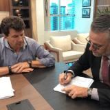 Cassol entra com representação no Ministério Público contra Confúcio Moura e ex-secretário de Educação