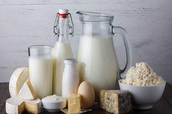 Cinco passos para reduzir o consumo de laticínios