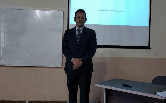 Magistrado rondoniense defende o porte de armas nas comunidades ribeirinhas em tese de doutorado