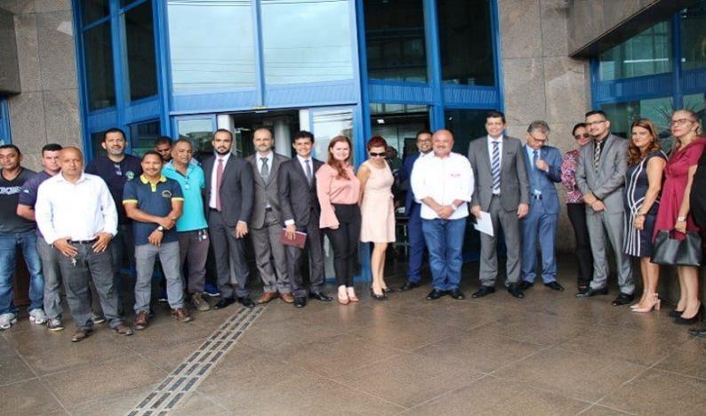 OAB/RO participa de ato contra fim da Justiça do Trabalho, em Porto Velho