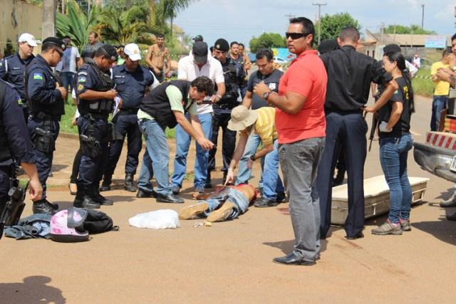 Do prédio da Semusa o criminoso seguiu pela Guaporé e em seguida para a Avenida Pinheiro Machado onde acabou atingido e morto