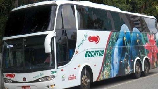 Ônibus da Eucatur perde o freio, atropela e mata criança e empresa paga R$ 15 mil de indenização