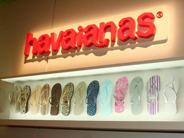 Marca Havaianas será usada em roupas a partir de 2014