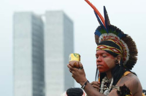 Após negociação, índios têm entrada liberada no Congresso Nacional