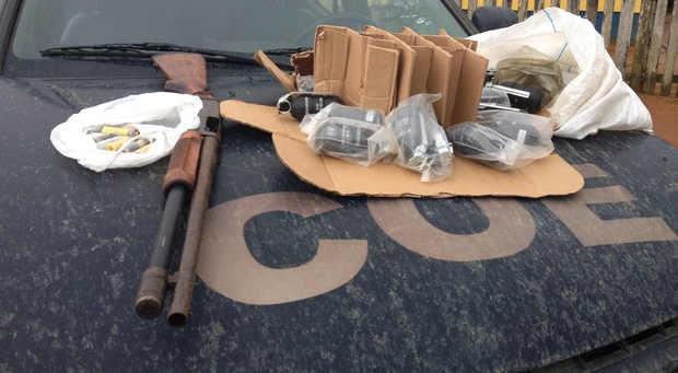 Polícia recupera armamento da Força Nacional após confronto