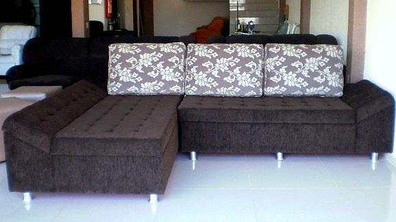 Empresa da capital fabrica sofás e estofados sob medida para apartamentos