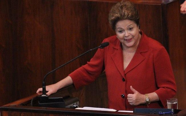 Dilma venceria eleições no primeiro turno com ou sem Marina, diz pesquisa