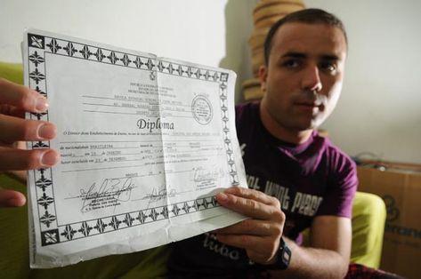 Jornal boliviano denuncia venda de diplomas de medicina