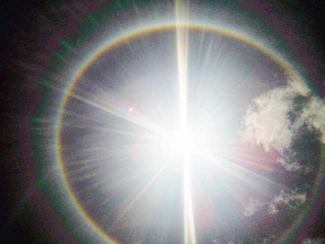 Fenômeno halo deixa portovelhenses de cara para o sol