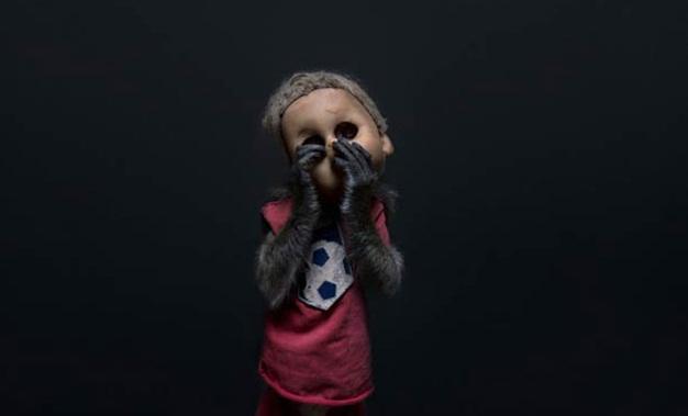 Os perturbadores macacos mascarados da Indonésia
