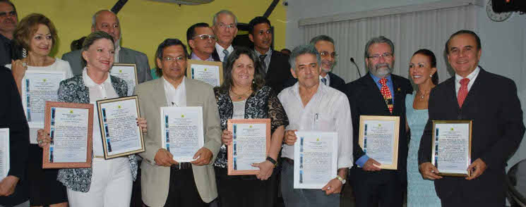 Médicos são homenageados na Câmara Municipal pelo pioneirismo