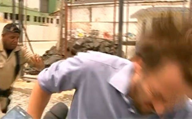 Secretário é agredido durante desapropriação de estacionamento