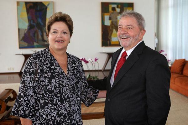 Ao dinamitar terceirização, Lula atropela Dilma e o governo