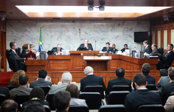 Urnas eletrônicas estão garantidas para as eleições de 2016