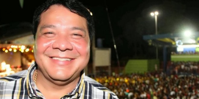 Suspeito de pedofilia, prefeito de Coari terá de devolver R$ 2,9 milhões